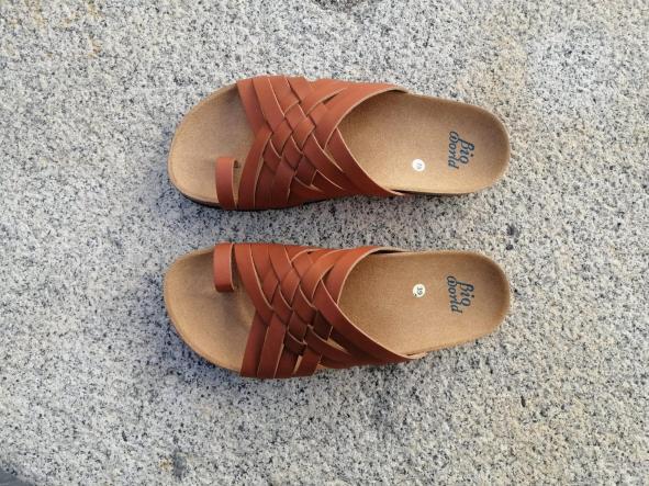 Modelo TRAJANO, Color Natural sandalias veganas, sandalias veganas mujer, calzado vegano, sandalias de tacón medio, sandalias bioworld, vegan shoes [2]