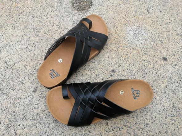Modelo TRAJANO, Color negro sandalias veganas, sandalias veganas mujer, calzado vegano, sandalias de tacón medio, sandalias bioworld, vegan shoes [2]