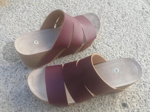 Modelo millas, burdeos malinche sandalias veganas, sandalias veganas mujer, calzado vegano, sandalias de plataforma, sandalias bioworld, vegan shoes. [2]