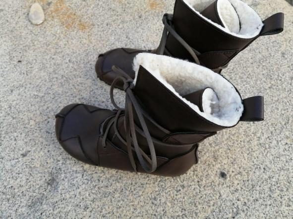 BOSQUE marrón oscuro con forro blanco tipo borrego, fake wool Envío Gratis, Botas Veganas, Botines Veganos, Zapatos de Invierno, Botas de Encaje [1]