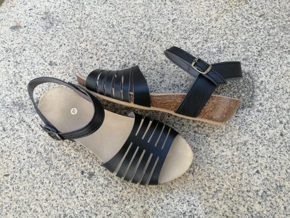 Marbella negro, Colección 100% HECHO A MANO, sandalias veganas, sandalias veganas mujer, calzado vegano, sandalias de tacón medio, sandalias bioworld, vegan shoes, sandalias negras.  [0]