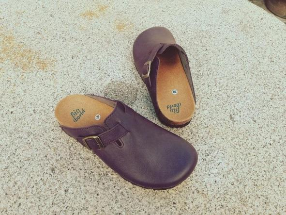 SUOMI PÚRPURA, Zuecos,  Zapatos veganos, Zapatos de diseño, Zapatos abiertos, Zapatos Planos, zapatos de hombre, zapatos de mujer [2]