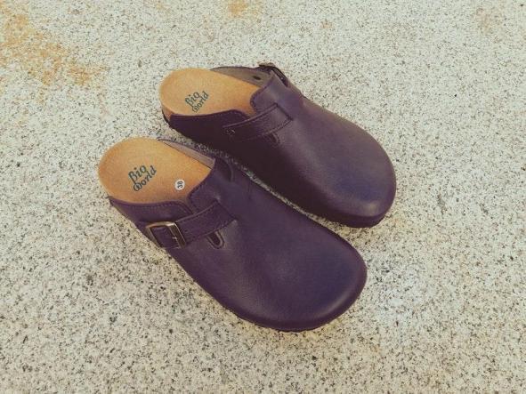 SUOMI PÚRPURA, Zuecos,  Zapatos veganos, Zapatos de diseño, Zapatos abiertos, Zapatos Planos, zapatos de hombre, zapatos de mujer [1]
