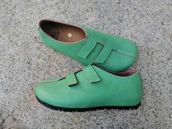 MODELO STRADIVARIUS VERDE Zapatos veganos, Zapatos de diseño, Zapatos cerrados, Zapatos Planos, zapatos de hombre, zapatos de mujer [1]