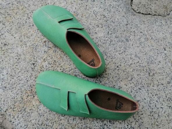 MODELO STRADIVARIUS VERDE Zapatos veganos, Zapatos de diseño, Zapatos cerrados, Zapatos Planos, zapatos de hombre, zapatos de mujer [2]