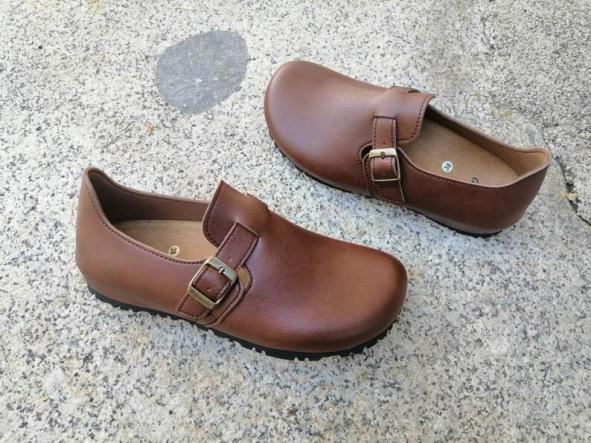 OSLO MARRÓN  Zapatos veganos, Zapatos de diseño, Zapatos cerrados, Zapatos Planos, zapatos de hombre, zapatos de mujer