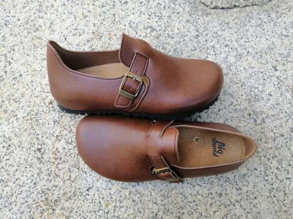 OSLO MARRÓN  Zapatos veganos, Zapatos de diseño, Zapatos cerrados, Zapatos Planos, zapatos de hombre, zapatos de mujer [2]