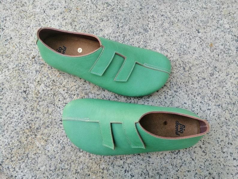 MODELO STRADIVARIUS VERDE Zapatos veganos, Zapatos de diseño, Zapatos cerrados, Zapatos Planos, zapatos de hombre, zapatos de mujer