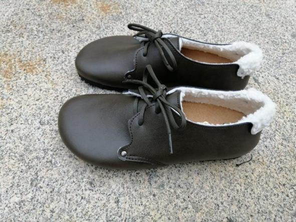 HELSINKI verde forrado en borrego. Zapatos veganos, Zapatos de diseño, Zapatos cerrados, Zapatos Planos, zapatos de hombre, zapatos de mujer. [2]