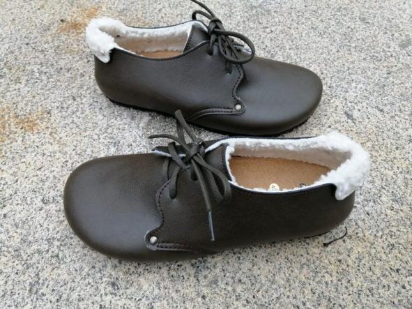 HELSINKI verde forrado en borrego. Zapatos veganos, Zapatos de diseño, Zapatos cerrados, Zapatos Planos, zapatos de hombre, zapatos de mujer. [1]