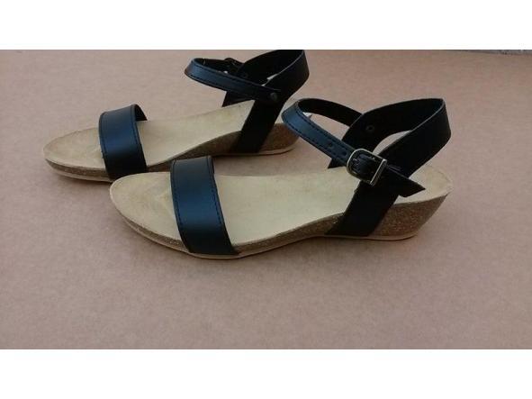 PARIS NEGRO, sandalias veganas, sandalias veganas mujer, calzado vegano, sandalias de tacón medio, sandalias bioworld, vegan shoes, sandalias negras. [2]