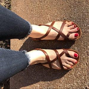 HECTOR MARRON, sandalias veganas, sandalias veganas mujer, calzado vegano, sandalias de tacón bajo, sandalias bioworld, vegan shoes.
