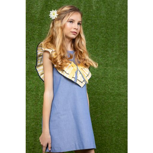 Vestido de niña de la familia Girasol de Yoedu. [1]