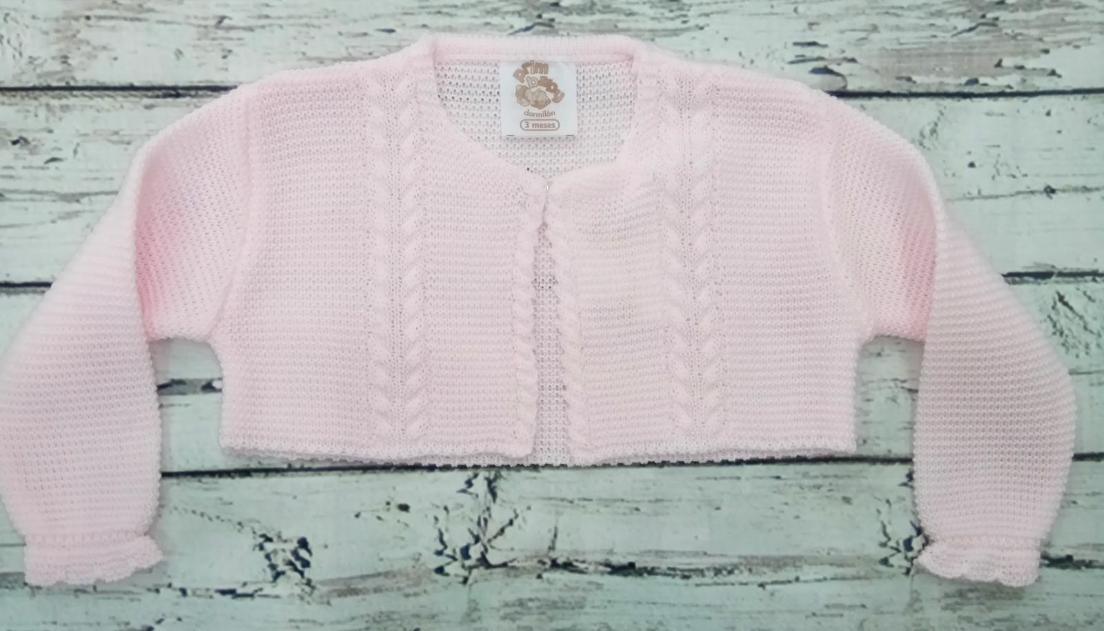 Chaqueta de niña rosa de perlé de Prim Baby.