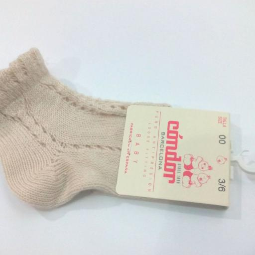 Calcetines cortos calados perlé lino de Cóndor . [0]