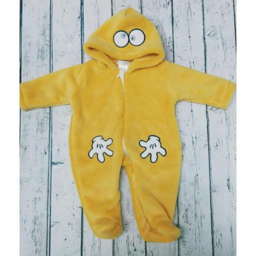 Pijama de bebè amarillo  de Deolinda.