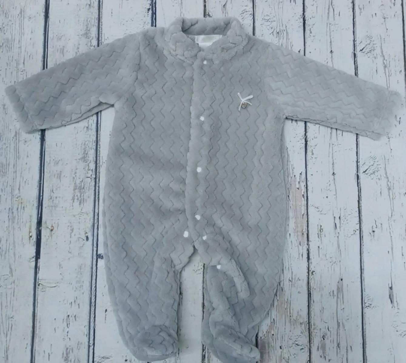 Pijama de bebè gris abierto de Deolinda