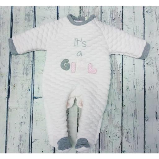 """Pijama de bebè rosa """"It's a girl """" de Deolinda. [0]"""