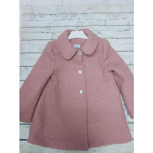 Abrigo de niña rosa empolvado de Babiné.