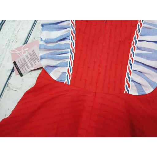 Vestido  de niña rojo familia Camelia de Yoedu. [1]