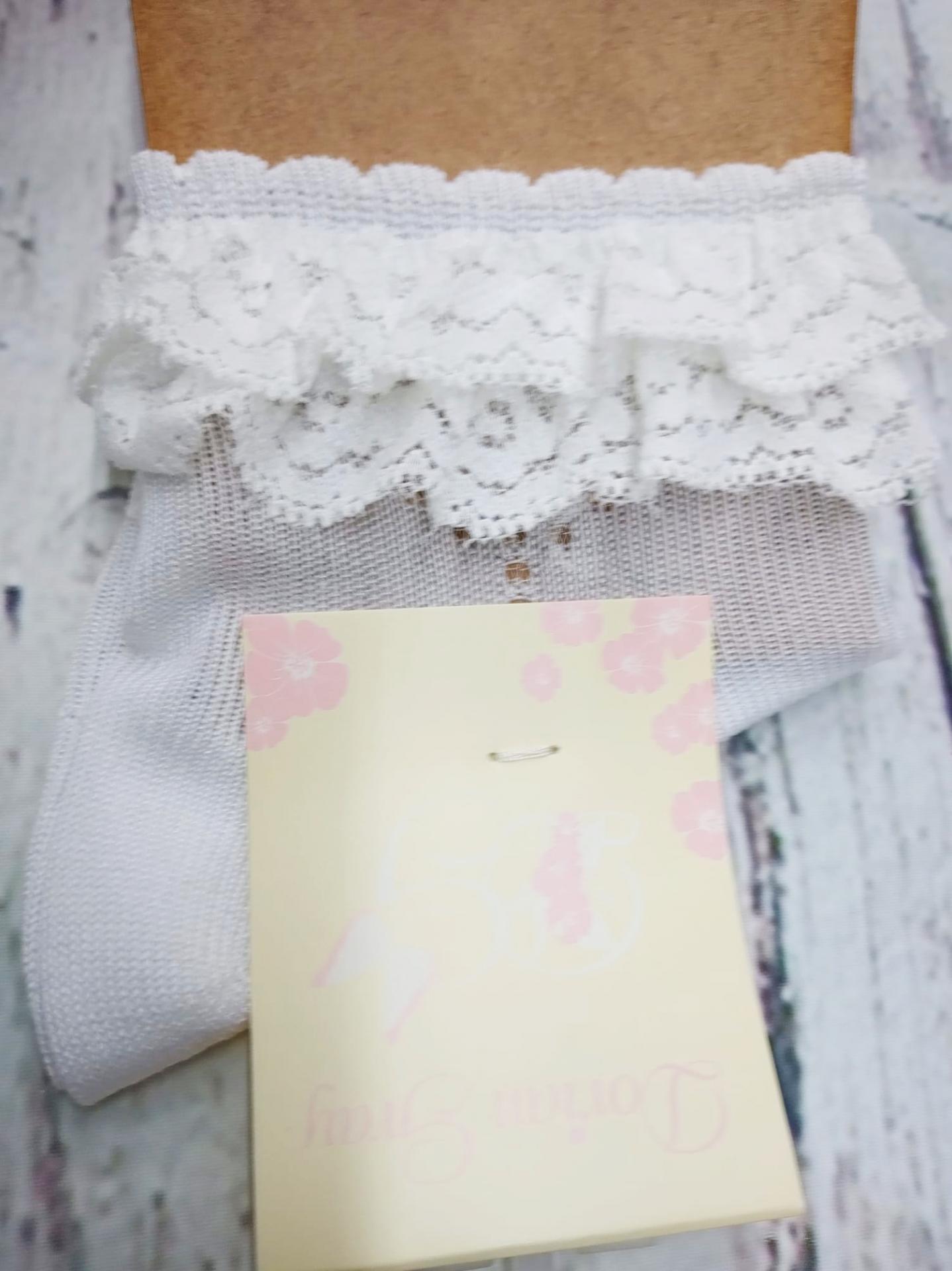 """Calcetín de niña de hilo en blanco """"volantes""""  de Dorian Gray"""