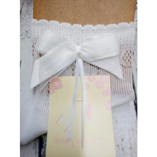 """Calcetín de niña de hilo en blanco """" lazo """" de Dorian Gray"""