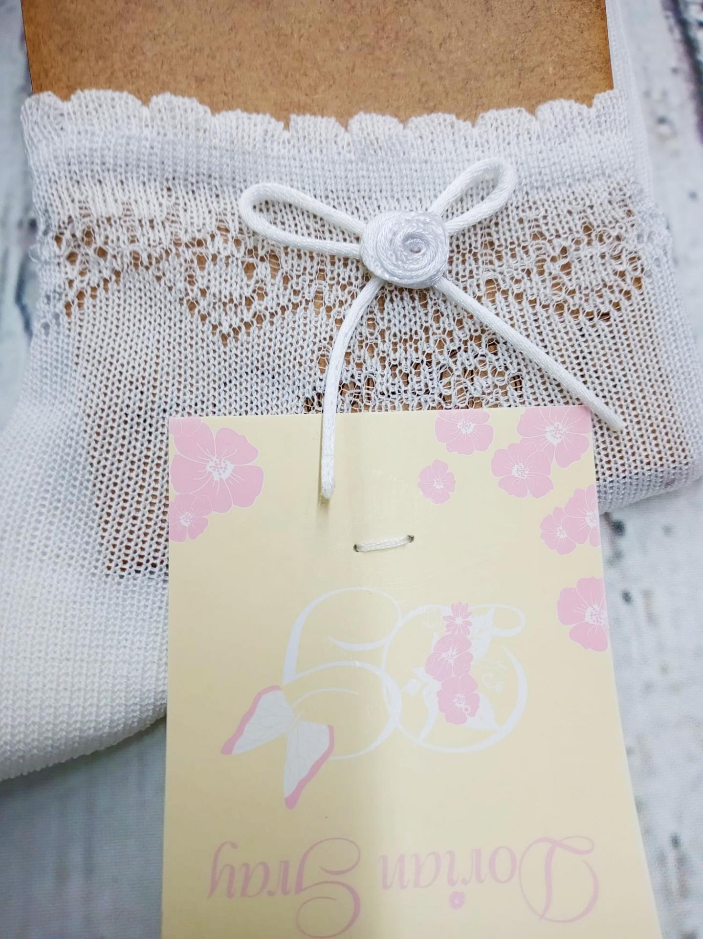"""Calcetín de niña de hilo en blanco """" lazo de cordon """" de Dorian Gray"""