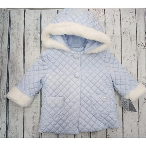 Abrigo de bebé en azul de Yoedu.