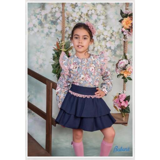 Conjunto de niña de camisa y falda de Babiné.