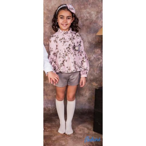 Conjunto de niña de camisa y short  de Babiné.