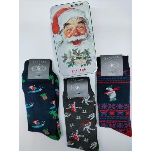 Caja musical  con 3 calcetines de Chico de Navidad. [1]