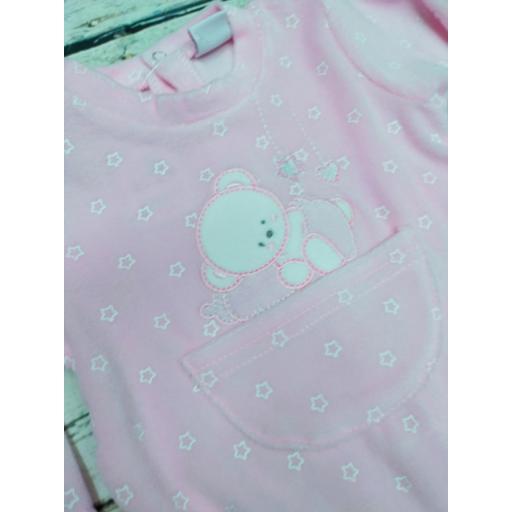 Pijama bebé rosa Oso con estrellas de Yatsi. [1]