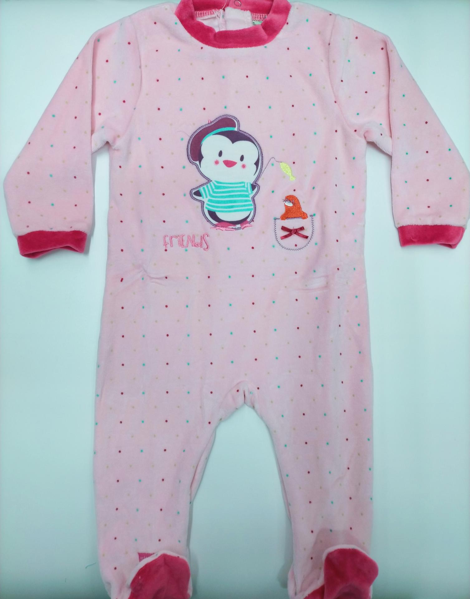 Pijama bebé rosa con Pingüino de Yatsi.