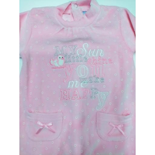 """Pijama bebé rosa """"Pajarito"""" de Yatsi. [1]"""