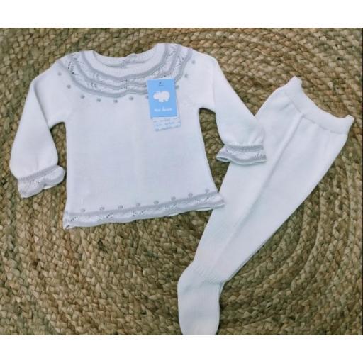 Jersey de bebé en Blanco/gris con polaina de Mac Ilusión.