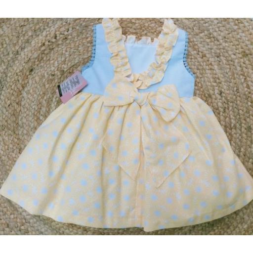 Vestido de niña  familia  Alamo de Yoedu. [1]