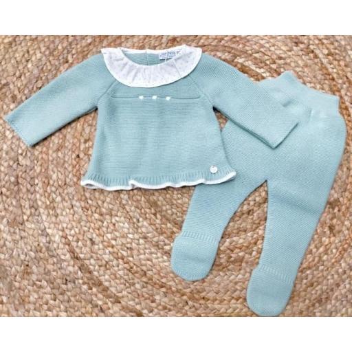 """Conjunto de bebé verde """" Stella """" Pangasa."""