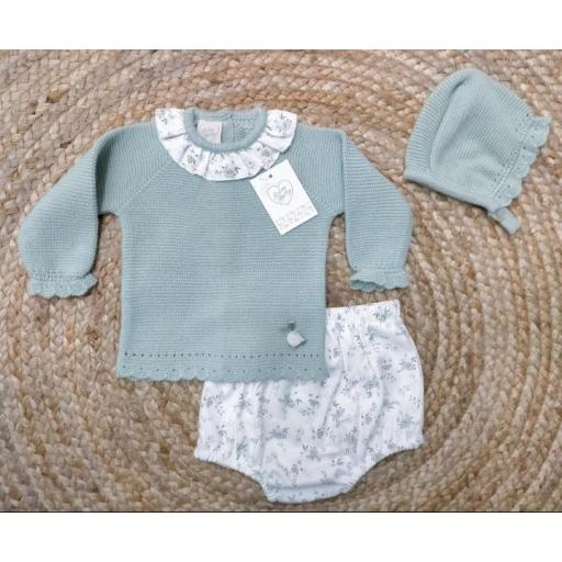 Jersey de bebé con braguita y capota en verde agua de prim Baby..