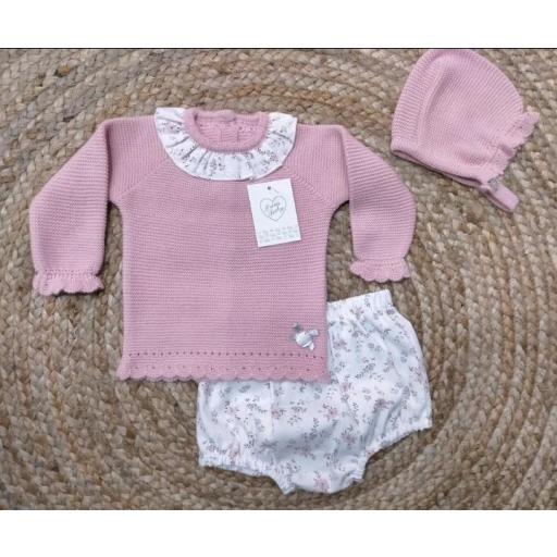 Jersey de bebé con braguita y capota en maquillaje de prim Baby..