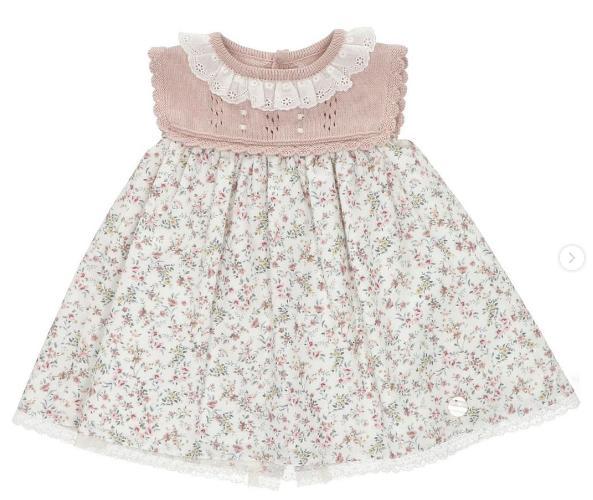 Vestido de bebé florecitas en rosa empolvado de Martín Aranda.