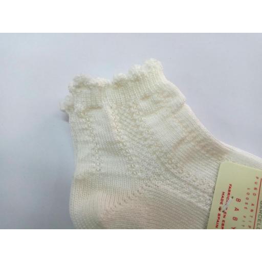 Calcetines cortos labrados de Cóndor.  [1]