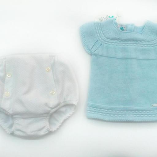 Conjunto de bebé con braga de piqué de Pangasa.  [1]