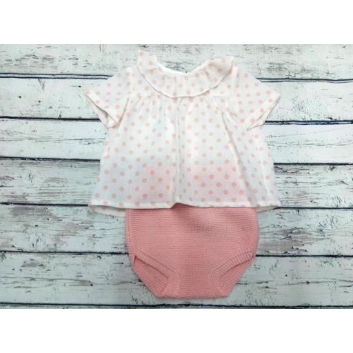 Conjunto de bebé de Pangasa Baby.