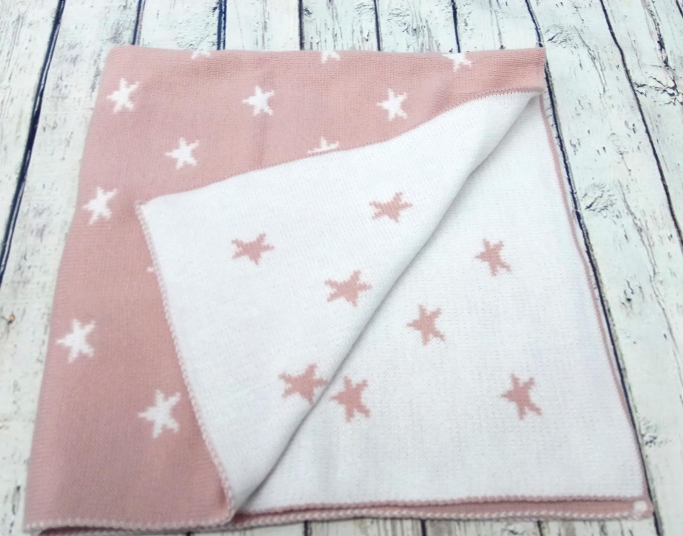 Toquilla Estrellas en rosa palo de Pipos, reversible.