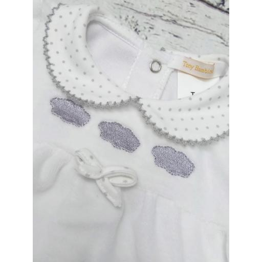 "Pijama bebé "" Nubes "" de Tony Bambino [1]"