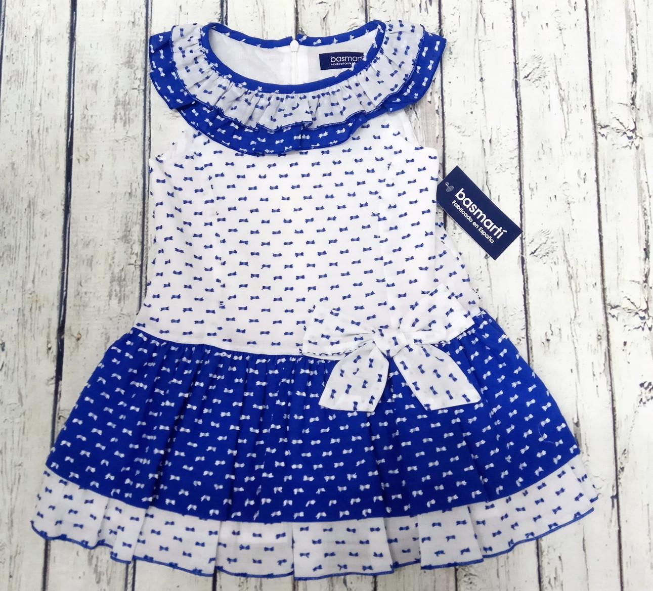 Vestido de niña en azulón de Basmarti.