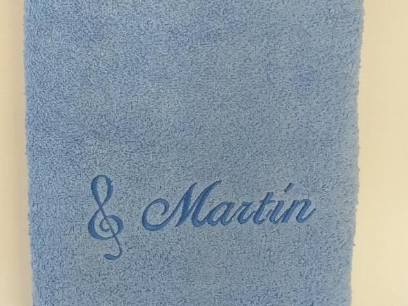 Toalla celeste Martín