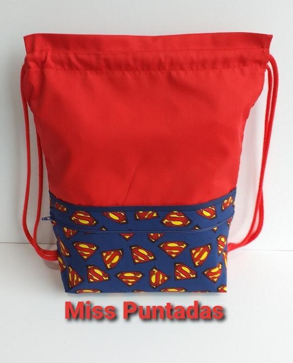 Petate logo Superman.