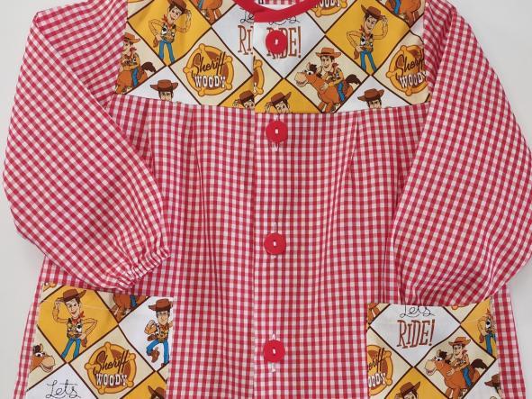 Bata Woody vichy rojo