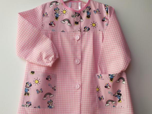 Bata Minnie vichy rosa.